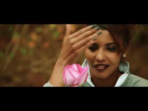 Tchesco So Um Toki [ Official Kizomba Video ]