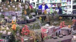 Incredible Lionel Train Layout! - Bevell