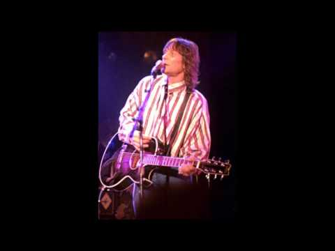 "Gene Clark ""On the Run"" (amazing unreleased song)"