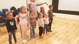 ПЕРВЫЙ УРОК ! Николь готовится стать Актрисой ? Влог Дети Ева Алиса и Николь БЛОГЕРЫ - АКТЕРЫ
