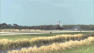 STS-133 Discovery - Landing Replays - Mid-field