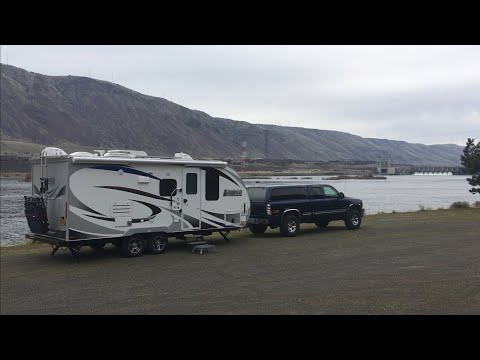 Boondocking in the Columbia River Gorge in Oregon