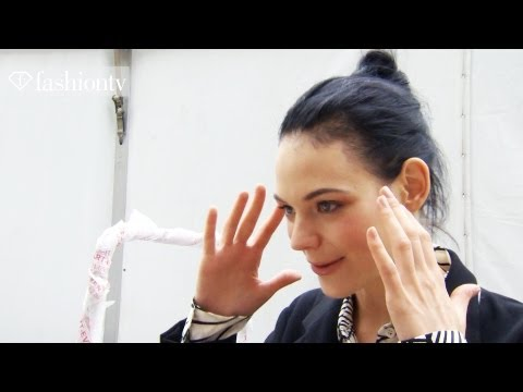Model Talks - Kinga Rajzak - Interview & Highlights at Fashion Week 2012 Spring | FashionTV