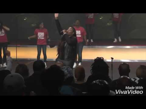 Kierra Sheard & Tasha Cobbs Delirious Vocals In Put A Praise On It