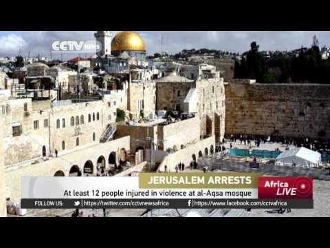 12 people injured in violence at al-Aqsa mosque in Jerusalem