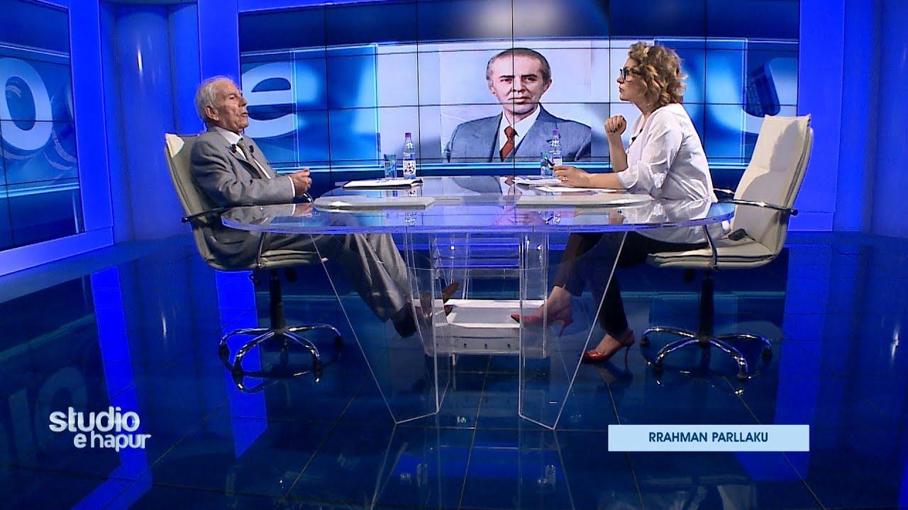Download Rrahman Parllaku i bën radiografinë diktaturës: Kulisat mes Enver Hoxhës e Mehmet Shehut