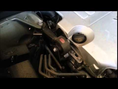 2008 Toyota Highlander VVTI Noise Grinding Rattling Issue video 3