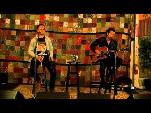 Arctic Monkeys  Do I Wanna Know? acoustic on 945 The Buzz 2014