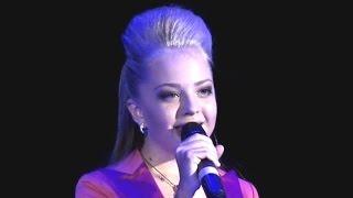 Анастасия Петрик. Мама. 2011-2015.(Время идет, и уникальная маленькая певица становится очаровательной юной леди, настоящей, взрослой, глубок..., 2015-12-19T23:24:00.000Z)