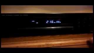 KENWOOD KT-1030L QUARTZ SYNTHESIZER AM-FM STEREO RADIO TUNER AM FM AND MW