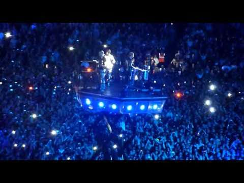 Muse - Undisclosed desires at Wembley 2010 (Friday)