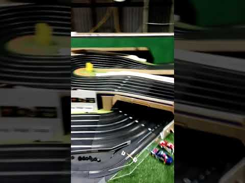 Slot cars Kerang  Model motor Sport Challenger Raceway Massive scalextric sport track
