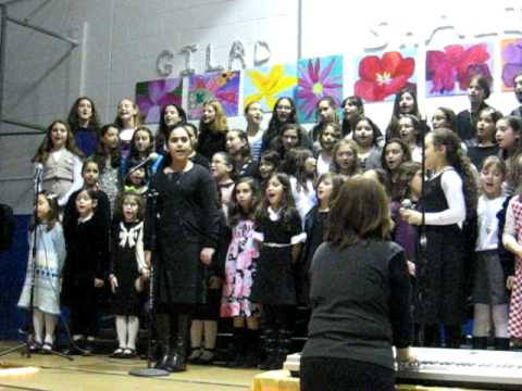 ladies night out Manhattan Day School choir performance