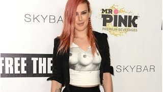 Repeat youtube video Rumer Willis Attends Free the Nipple Party in LA