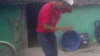 videos popolo-el zangoloteo en soto la marina