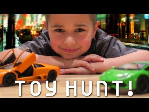 I BOUGHT A LAMBORGHINI! | TOYS-R-US TOY HUNT | RADIOJH AUTO