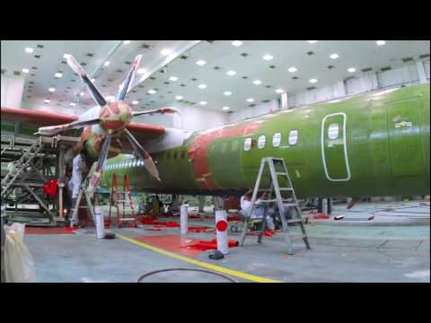 Building a Bombardier Q400 airplane