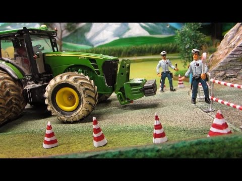 DRUNKEN Rc TRACTOR DRIVERS at POLICE CONTROL - Amazing toy farming video