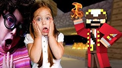 Trolling 2 Annoying Girls on Minecraft (Minecraft Trolling & Griefing)