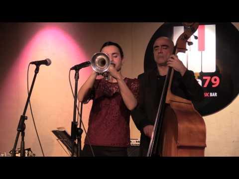 Andrea Motis - Jitterbug Waltz [Live Nota 79]