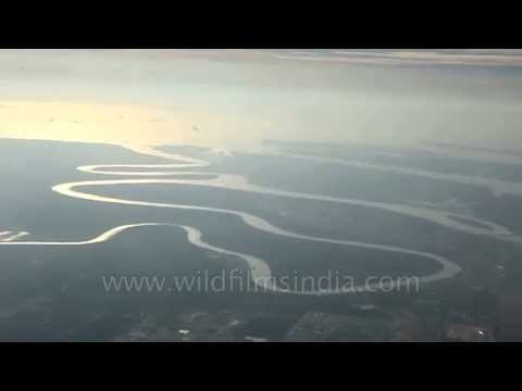 Serpentine oxbow lakes in the making: Irrawaddy Delta, Myanmar