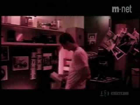 Kiss-Because I'm a Girl (english-FULL)