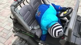 Гарри Галкин носится на машине