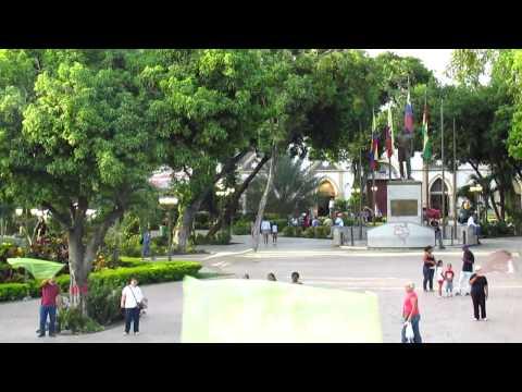 Adoración Publica En La Plaza De Turmero