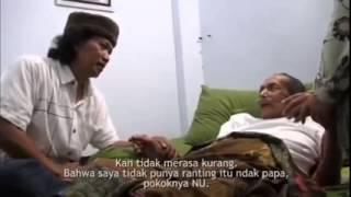 KH Muchith Muzadi In Memoriam,  saat di Kunjungi Cak Nun | rois hero