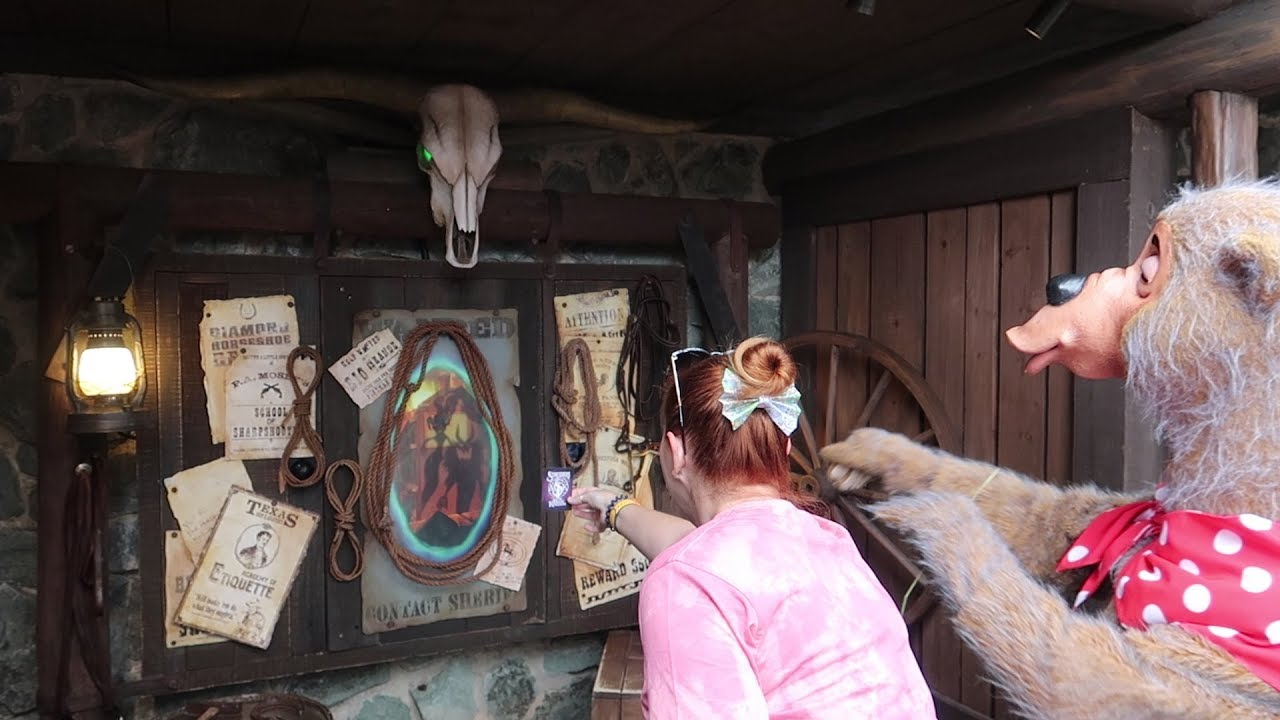 playing-sorcerers-of-the-magic-kingdom-with-a-country-bear