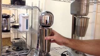 видео Какой миксер для молочных коктейлей купить