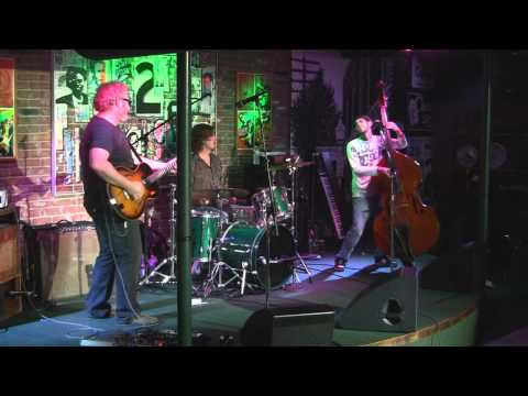 Bobby Lee Rodgers Trio  (3 Cam HD) @ The Bamboo Room 12-10-2011