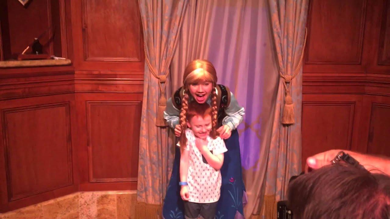 walt disney world october 2015 trip quinn meets elsa and