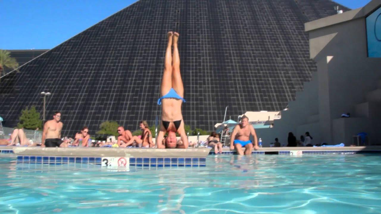 Olya Doing Yoga Headstand At The Luxor Swimmingpool In Las
