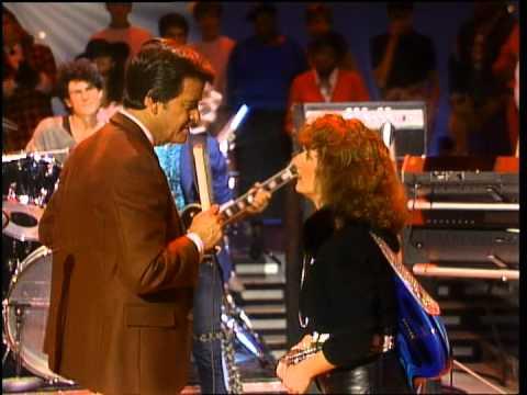Dick Clark Interviews Teena Marie- American Bandstand 1984