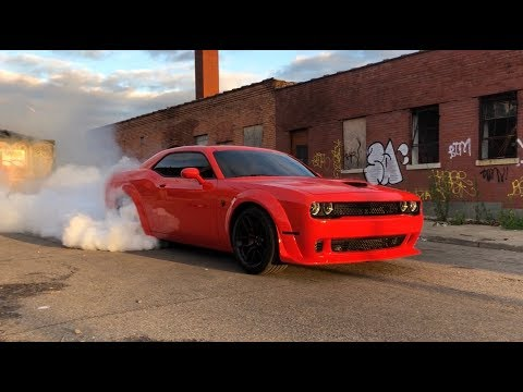 Widebody Hellcat Burnout on Thanksgiving!!!