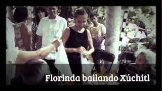 Florinda Meza bailando el Xúchitl