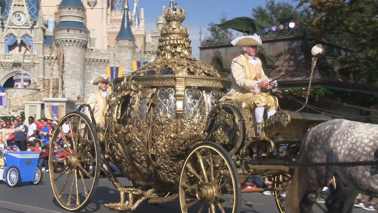Cinderella S Coach From Upcoming Disney Live Action Film In Pre Parade At Magic Kingdom You