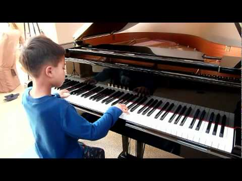 Linus and Lucy Charlie Brown  Piano Lesson  Played  Alex Po