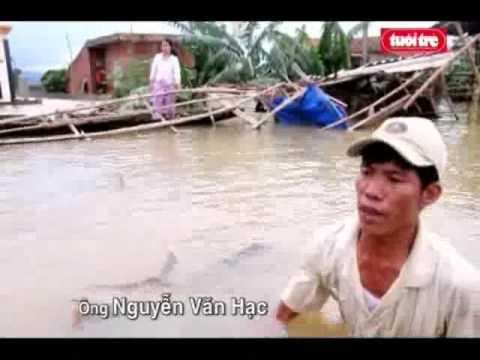 Cầm cự với lũ lụt  tại sơn thủy_lệ thủy.flv