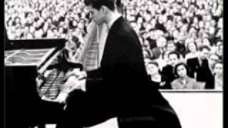 """Debussy: """"La terrasse des audiences du clair de lune"""" (Van Cliburn, piano)"""