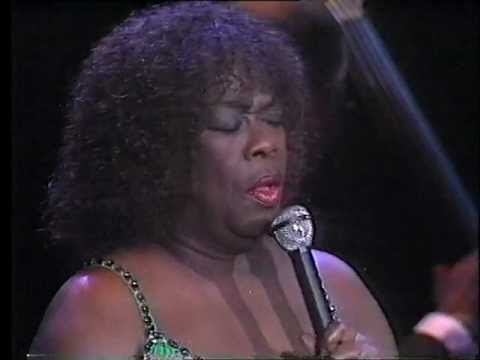 Sarah Vaughan 1988 - 02 Here's That Rainy Day