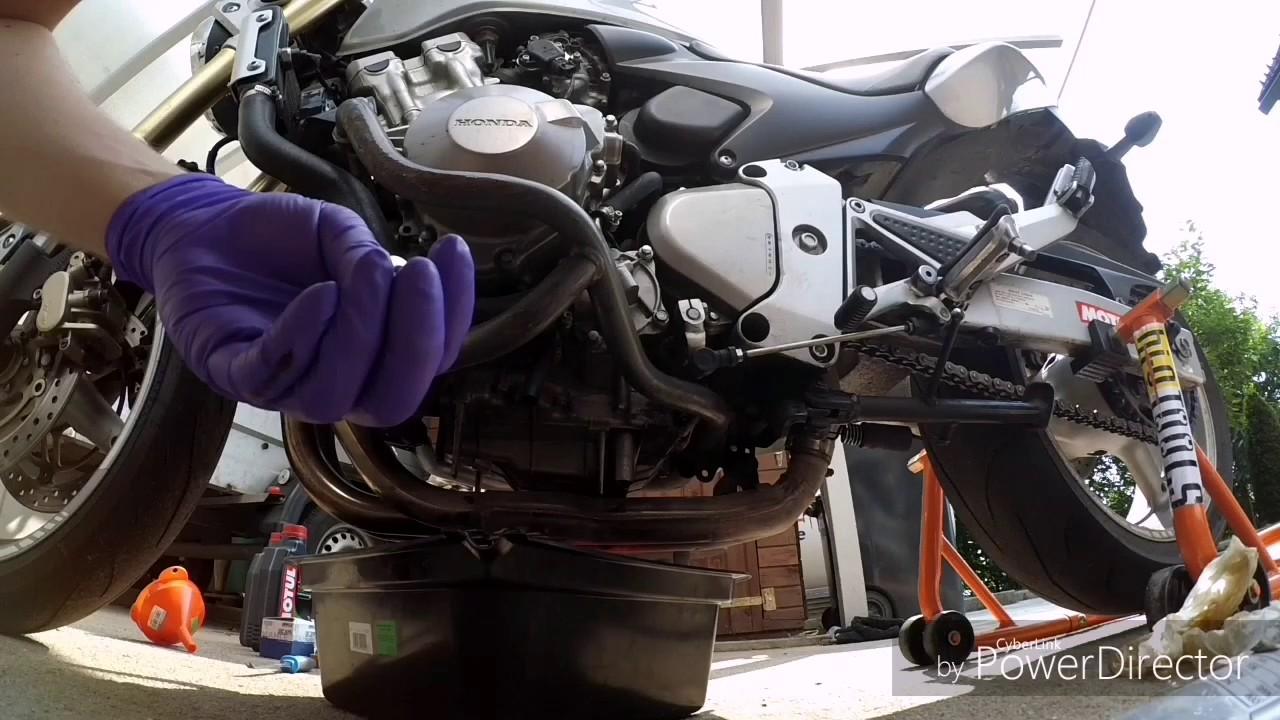 Honda hornet 600 cb600f 2005 oil change DIY - YouTube