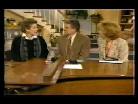 HELEN REDDY - MEDLEY OF HITS - LIVE WITH REGIS AND KATHIE LEE