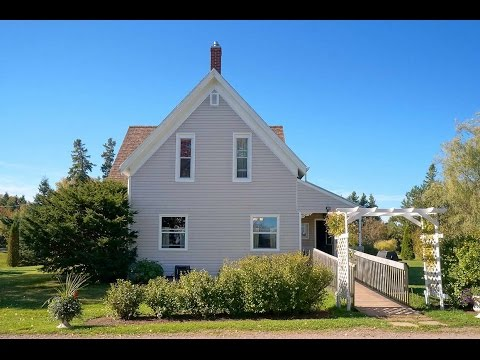 637 Drummond Road South Freetown PEI Country Home and Large Outbuilding for sale (R2)