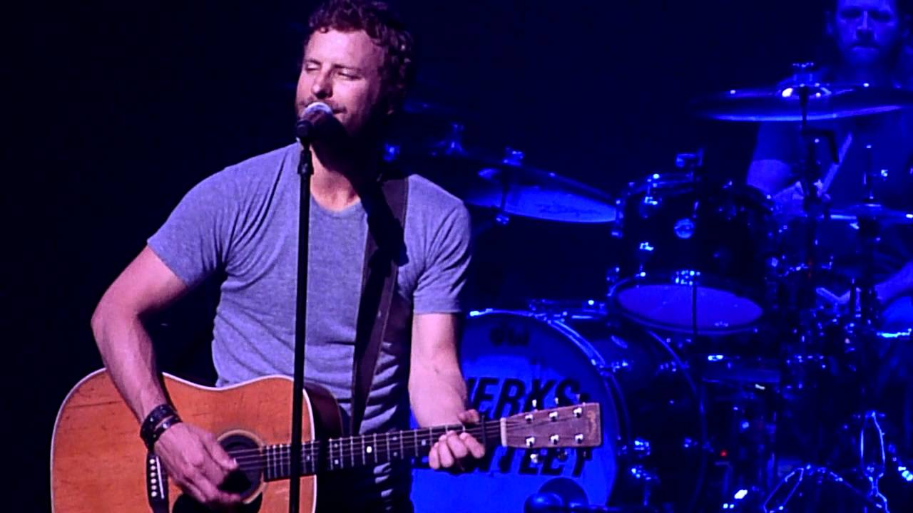 "Dierks Bentley- ""Come A Little Closer"" Live"