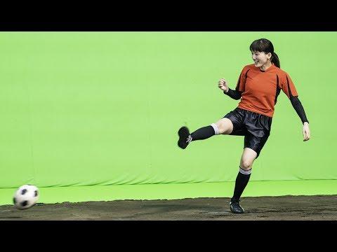 池田エライザ コカ・コーラ CM スチル画像。CM動画を再生できます。