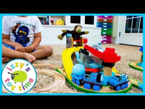 LEARNING CURVE THOMAS AND FRIENDS! Fun Toy Trains for Kids!