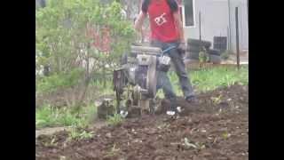Вспашка огородов мотоблоком Оренбург 901-171! Комплексная уборка огорода!(, 2015-04-03T09:30:41.000Z)