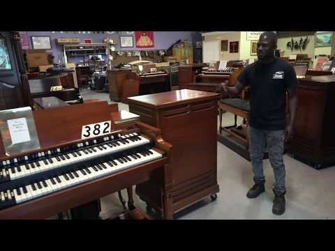 Two of the most rare Hammond B3s at Keyboard Exchange International mp3